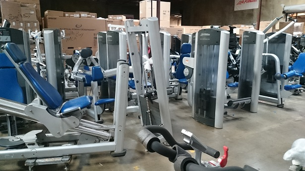 Life Fitness Signature Series Strength Circuit (Silver Frame/Blue Upholstery)