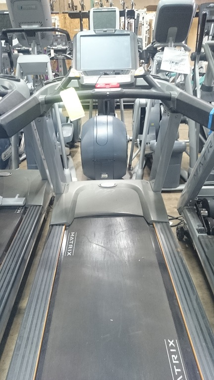 Matrix T7Xe Treadmill 2