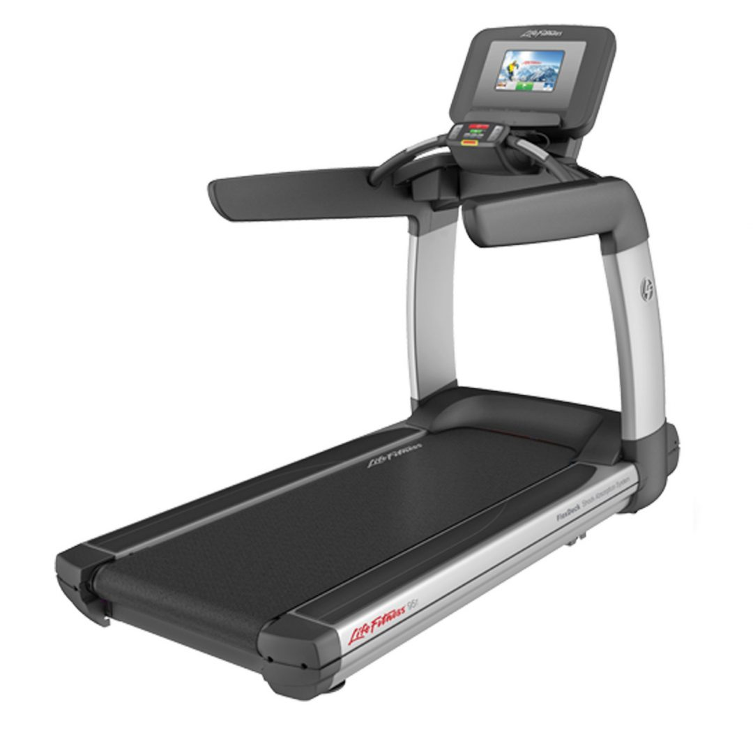 Commercial Treadmill Used: Life Fitness Discover SI Treadmill