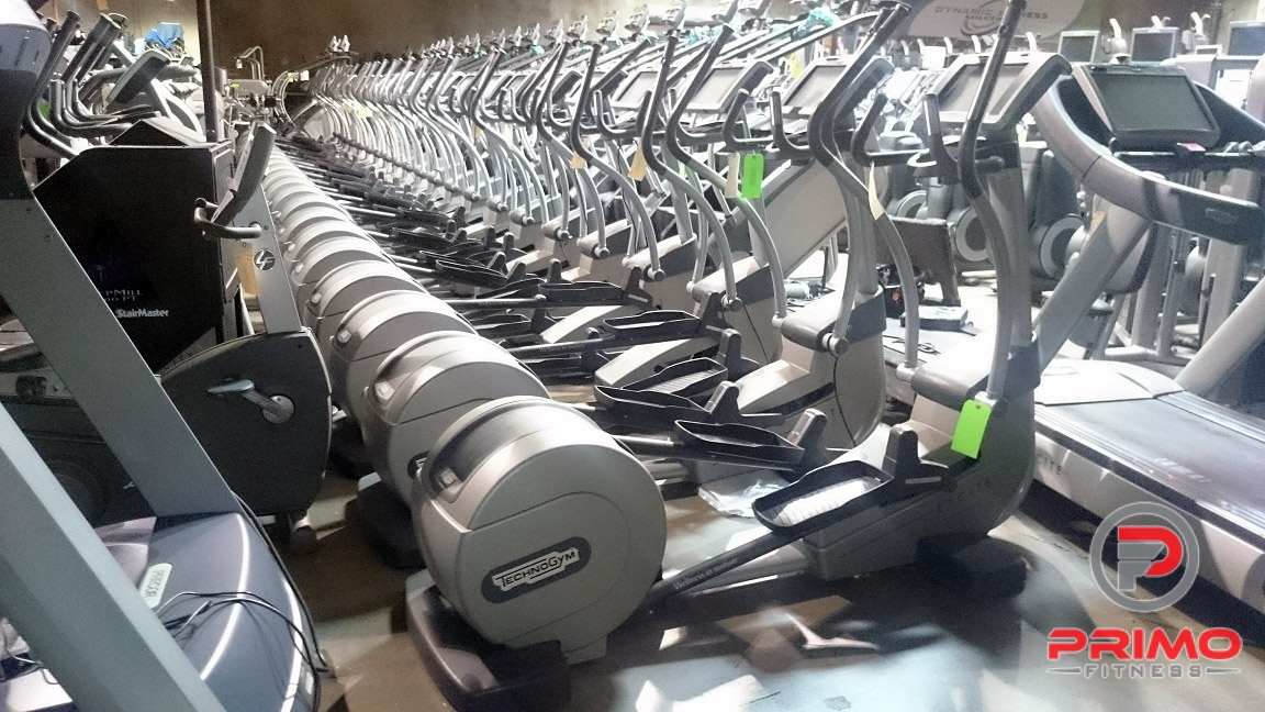 Technogym 700 Synchro Elliptical Crosstrainer
