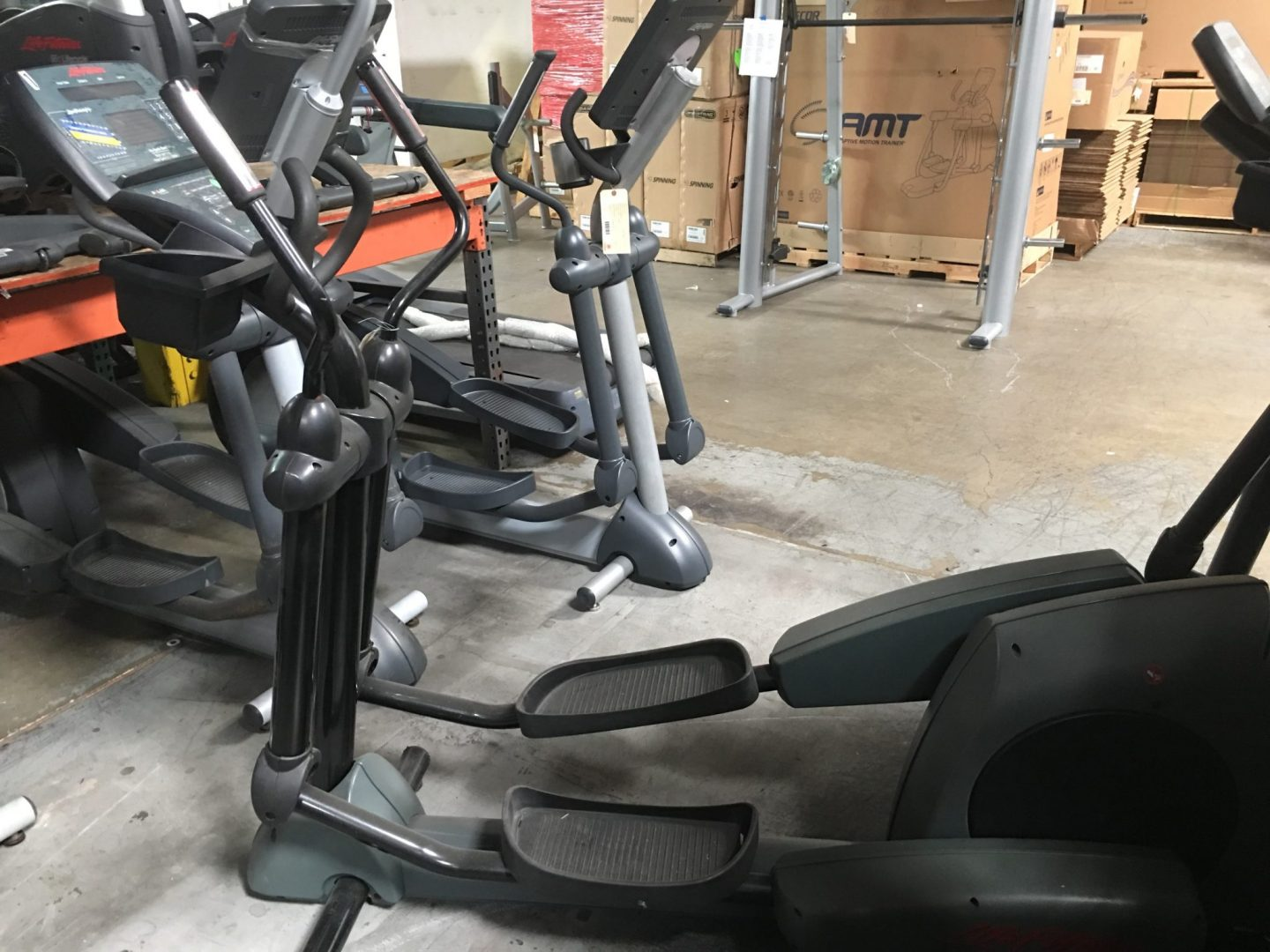 Life Fitness 9500HR Next Gen Cross Trainer Elliptical